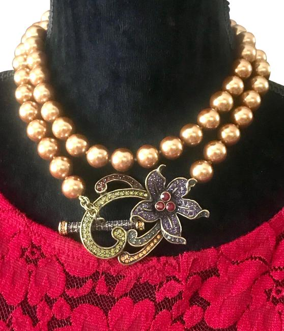 Item - Favorite Fabulous 'perennial Favorite' Gold Faux Pearl with Crystal Pendant Necklace