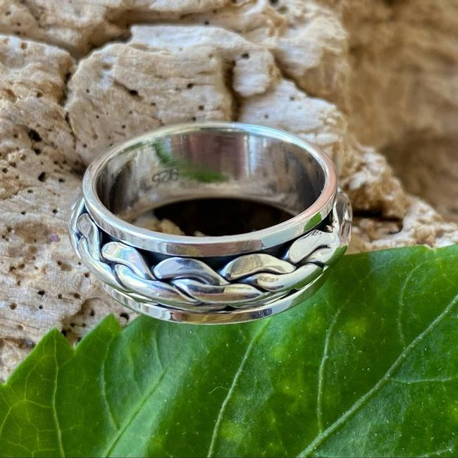 Item - Silver Sterling Interwoven Spinning Ring Size 10 11 Men's Jewelry/Accessory