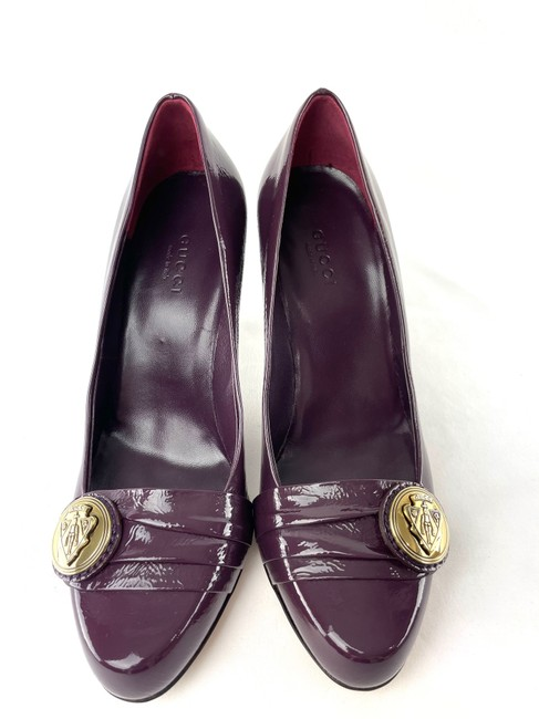 Item - Purple Emblem Heels Pumps Size EU 37 (Approx. US 7) Wide (C, D)