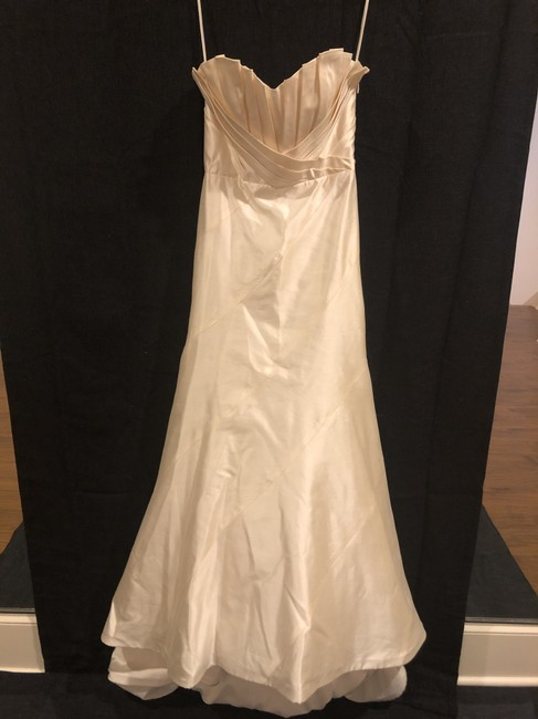 Item - Arden Formal Wedding Dress Size 6 (S)