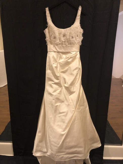 Item - Blaine Formal Wedding Dress Size 6 (S)