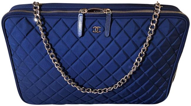 Item - Vanity Limited Edition Rare Xmas Breif / Laptop Case On Chain Navy Canvas Weekend/Travel Bag