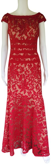 Item - Red Textured Lace Mermaid Gown Long Formal Dress Size 6 (S)