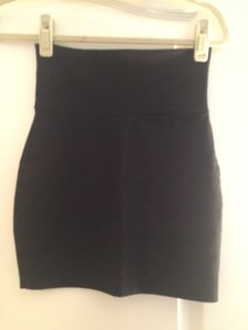 Lily White Skirt Black
