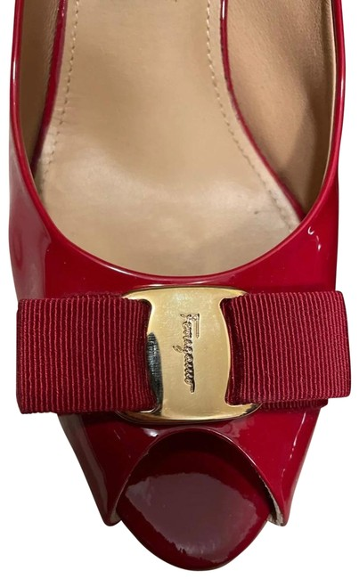 Item - Red Patent Leather Peep Toe Pumps Size EU 38.5 (Approx. US 8.5) Regular (M, B)