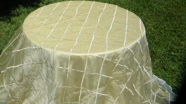 Item - Cream Color Table Topper Tablecloth
