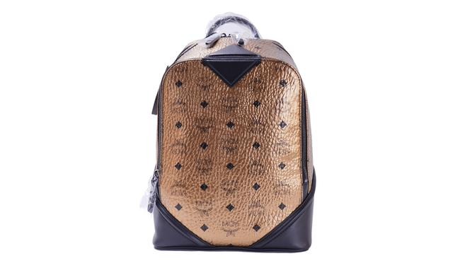 Item - Small Mmk 8sfo15 Dg001 Gold/Black Leather Backpack