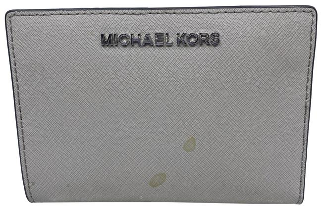 Item - White Change (Removable) Id and Card Wallet