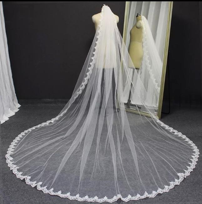 Item - Long White Or Ivory 6ft-16ft Lace Edge Cathedral with Comb. This Listing Is For 10 Feet. Bridal Veil