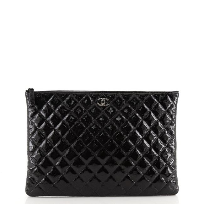 Item - Valentine Hearts O Case Quilted Large Black Patent Leather Clutch