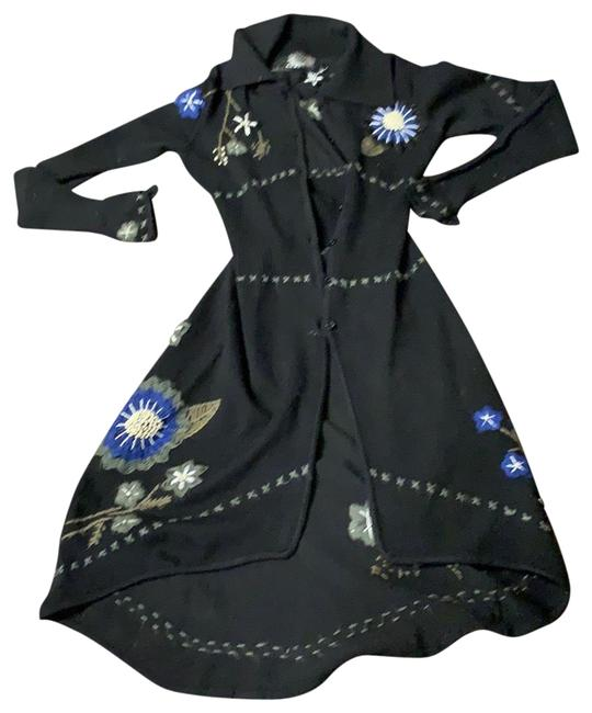 Item - Black Embroidery Cardigan Size 4 (S)