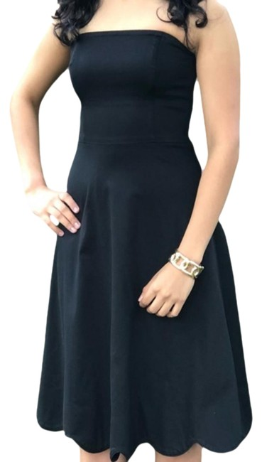 Item - Strapless Scalloped Short Night Out Dress Size 6 (S)