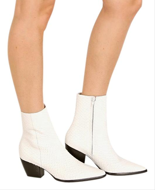 Item - White Caty Boots/Booties Size US 7.5 Regular (M, B)