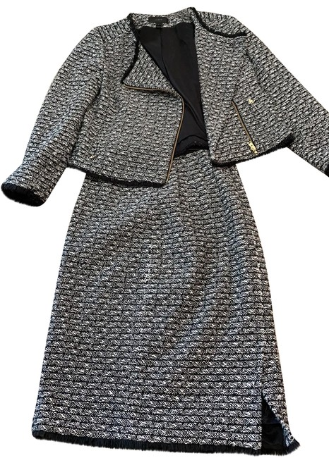 Item - Navy Matching Tweed and Blazer Skirt Suit Size 4 (S)