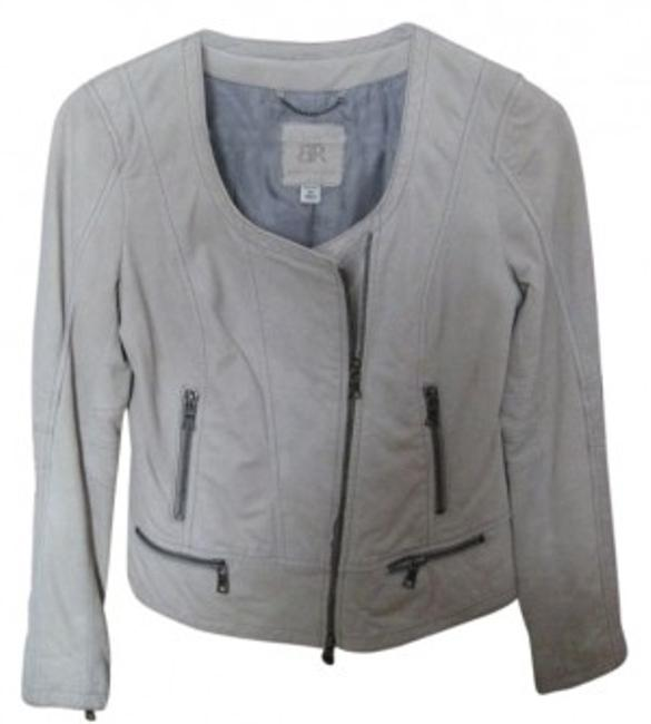 Preload https://item5.tradesy.com/images/banana-republic-beige-sand-off-white-collar-less-zipper-motorcycle-leather-jacket-size-2-xs-28984-0-0.jpg?width=400&height=650