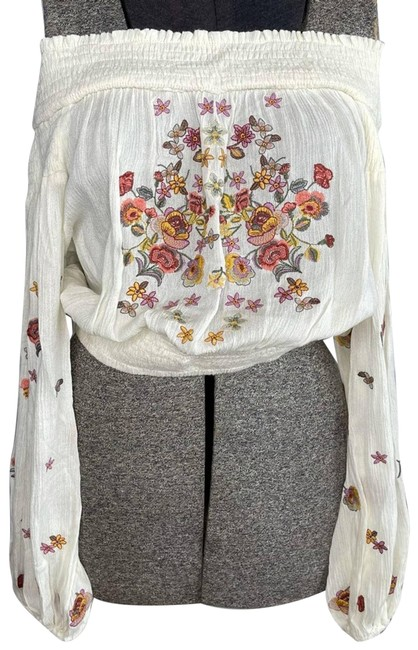 Item - Cream Off Shoulder Embroidered Blouse Tank Top/Cami Size 4 (S)