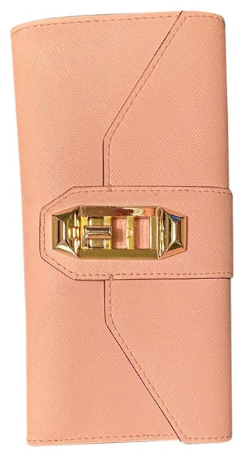 Item - Wallet Baby Pink Leather Clutch