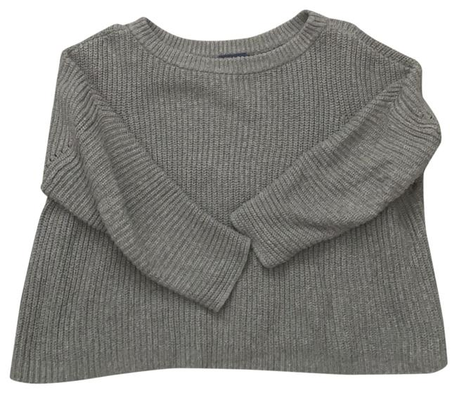 Item - Cropped Grey Sweater