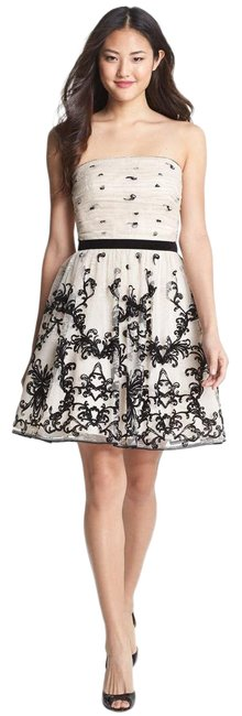 Item - Warm White Embroidered Tulle Fit & Flare Short Cocktail Dress Size 6 (S)