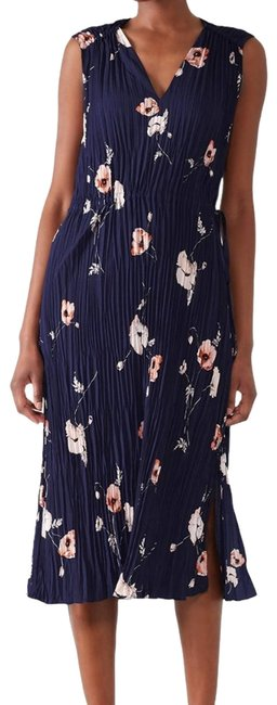 Item - Blue Tossed Poppy V-neck Pleated Casual Maxi Dress Size 8 (M)