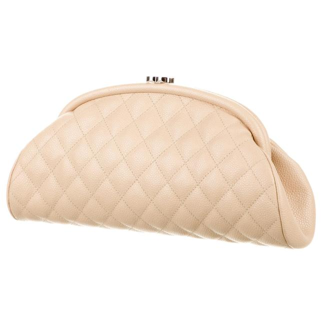 Item - Timeless Classic Vintage Cc Diamond Quilted Beige Caviar Leather Clutch