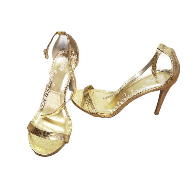 Item - Gold Formal Shoes Size US 7.5 Narrow (Aa, N)