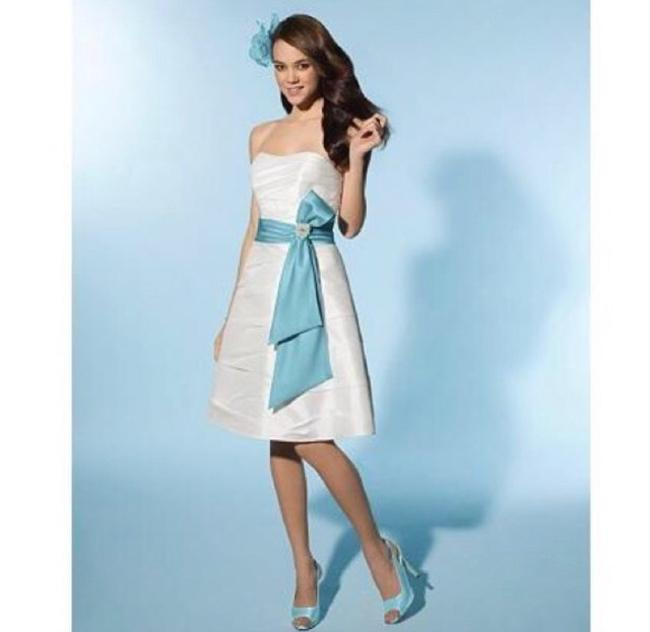 Item - White and Blue Polyester 2076 Casual Wedding Dress Size 12 (L)