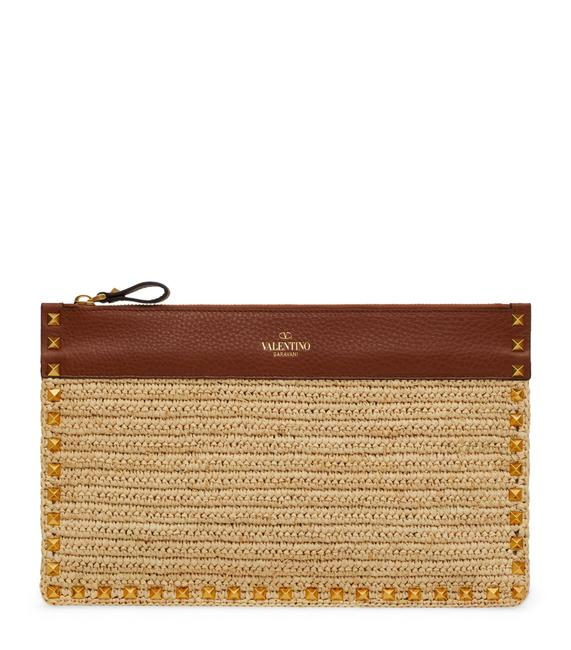 Item - Garavani Crochet Raffia Rockstud Pouch Cotton & Leather Clutch