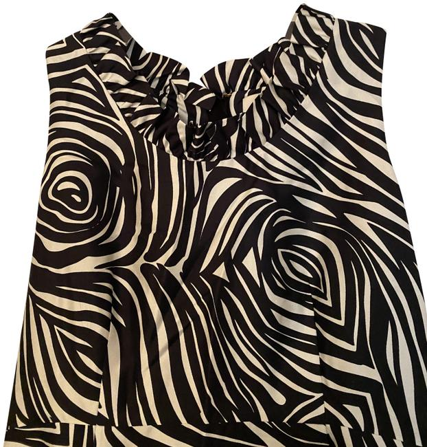 Item - Black and White Mid-length Short Casual Dress Size 10 (M)