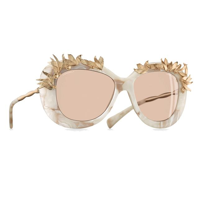 Item - Ivory 71246 Rare Butterfly with Gold Design Sunglasses