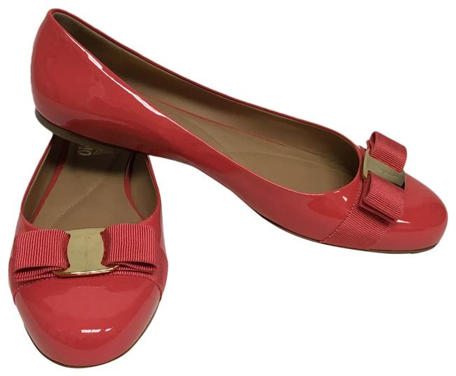 Item - Pink Ballet Flats Size US 10 Regular (M, B)