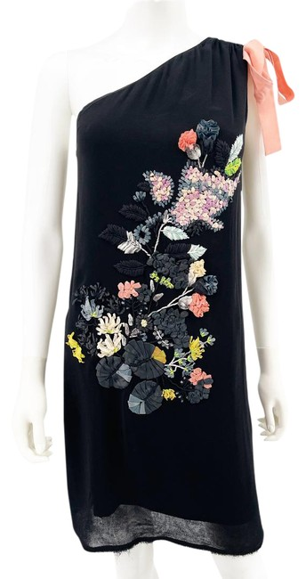 Item - Black 3d Floral Ribbon Embroidered Mid-length Cocktail Dress Size 10 (M)