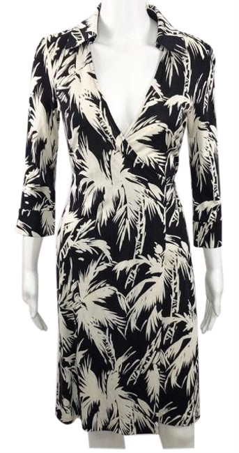 Item - Black & Off White Justin Silk Wrap Mid-length Short Casual Dress Size 4 (S)