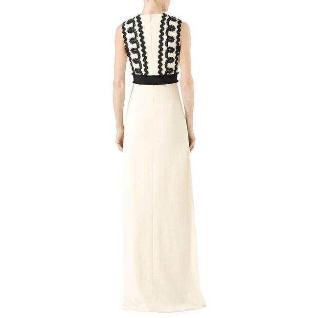 Gucci Cream Jersey Sleeveless V-neck Gown with Lace Trim Long Formal Dress Size 2 (XS) Gucci Cream Jersey Sleeveless V-neck Gown with Lace Trim Long Formal Dress Size 2 (XS) Image 2