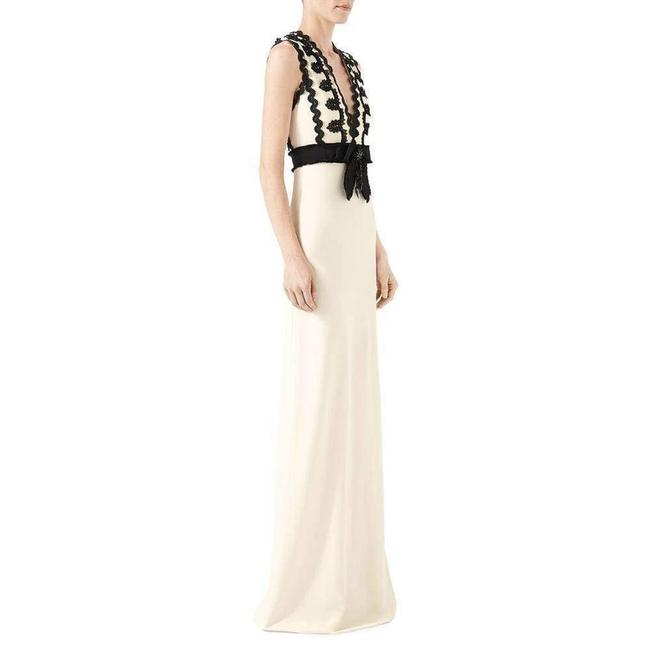 Gucci Cream Jersey Sleeveless V-neck Gown with Lace Trim Long Formal Dress Size 2 (XS) Gucci Cream Jersey Sleeveless V-neck Gown with Lace Trim Long Formal Dress Size 2 (XS) Image 3