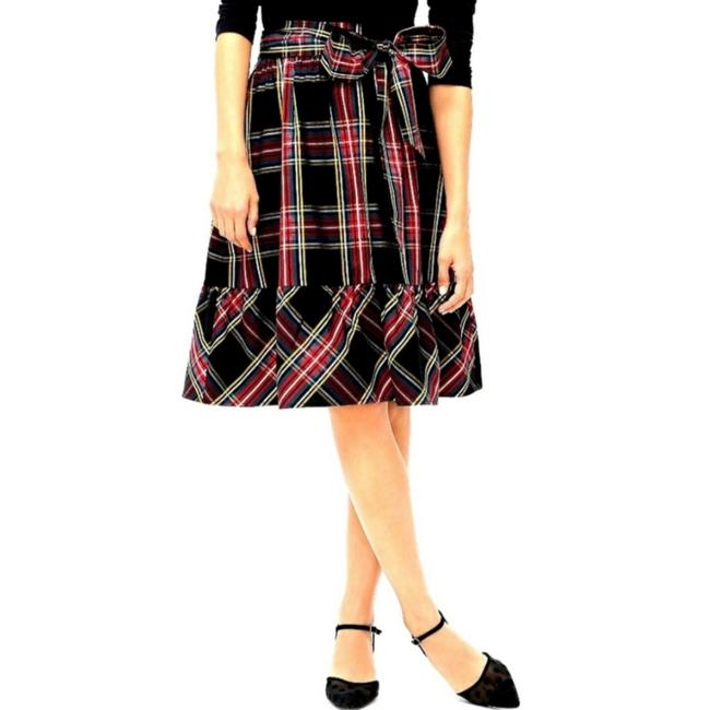 Item - Red Black Yellow and Green Colors Throughout Ag872 Skirt Size Petite 0 (XXS)