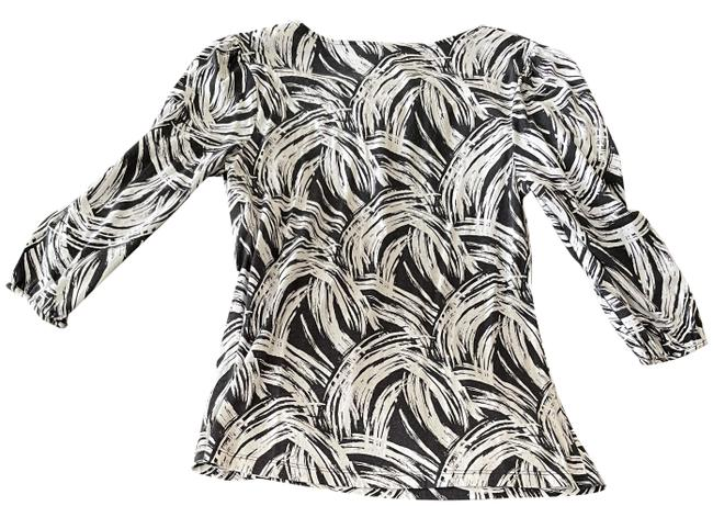 Item - Black and White Swirl Design Office Blouse Size 10 (M)