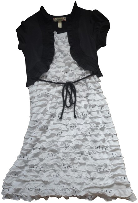 Item - White and Black Short Casual Dress Size 12 (L)