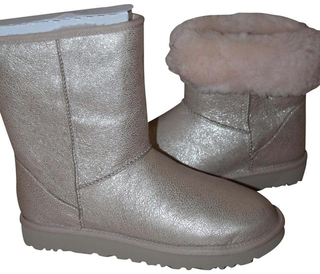 Item - Gold Classic Short Ii Leather Shearling Boots/Booties Size US 9 Regular (M, B)