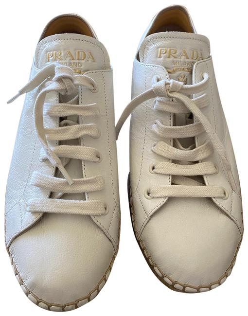 Item - White Sneakers Size EU 40.5 (Approx. US 10.5) Regular (M, B)