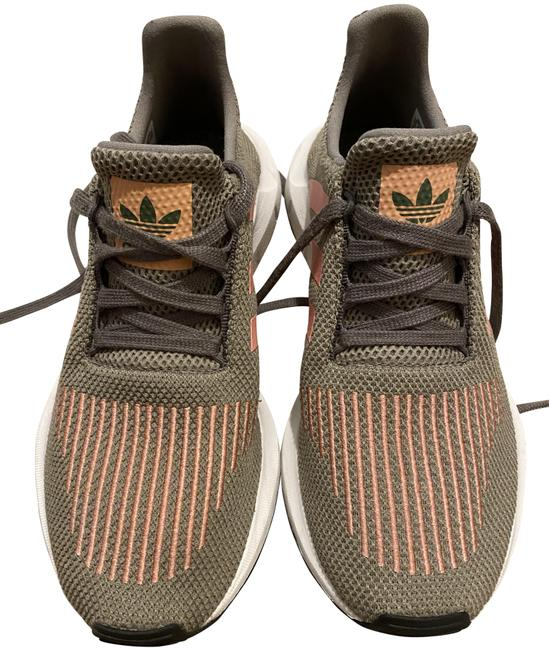 Item - Olive Green and Pink Womens Swift Run Sneakers Size US 7 Regular (M, B)