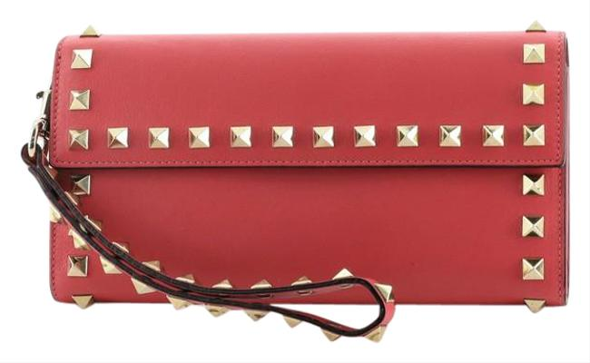 Item - Rockstud Wristlet Wallet Small Pink Leather Clutch