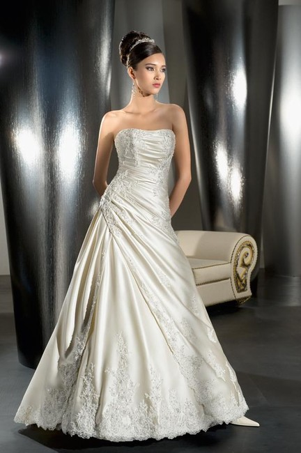 Item - White Stain Lace Princess Collection Gown Traditional Wedding Dress Size 2 (XS)