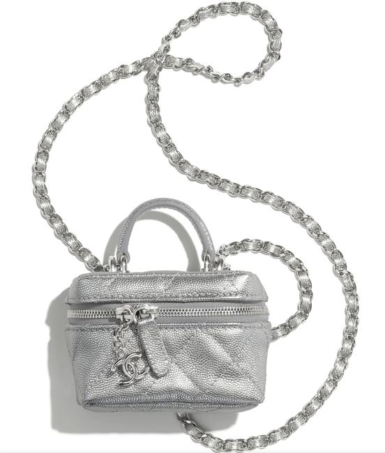 Item - Case Crossbody 21s Mini Caviar Vanity Top Handle Chain Cc Silver Calfskin Leather Shoulder Bag