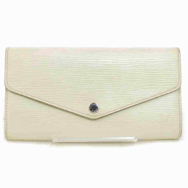 Item - Long Wallet Portefeuille Sarah M6057j 11477 White Epi Leather Clutch