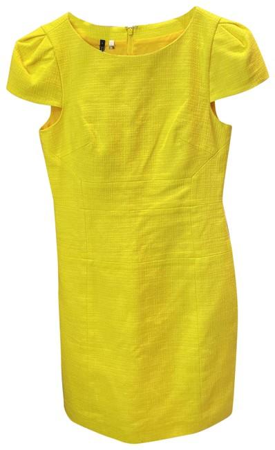 Item - Yellow Mid-length Cocktail Dress Size 6 (S)