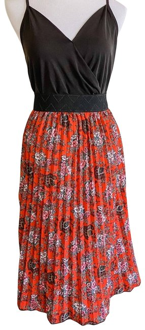 Item - Red Floral Pleated Jill Skirt Size 8 (M, 29, 30)