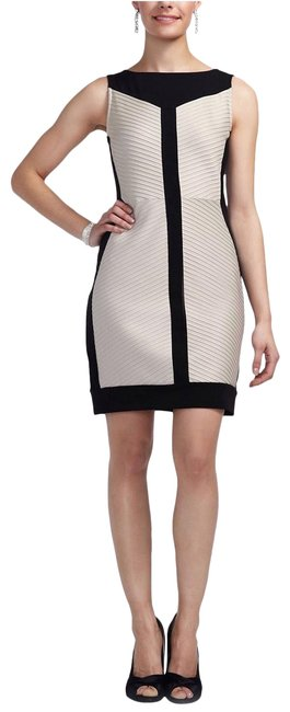Item - Cream and Black Jersey Color Blocked Stretch Sheath Short Cocktail Dress Size 8 (M)