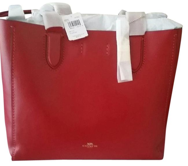 Item - Derby Red Leather Tote