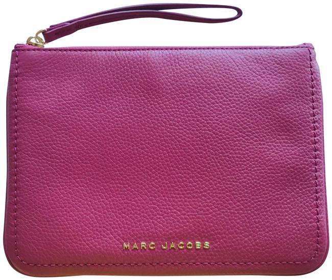 Item - Groove Pouch Pink Leather Wristlet